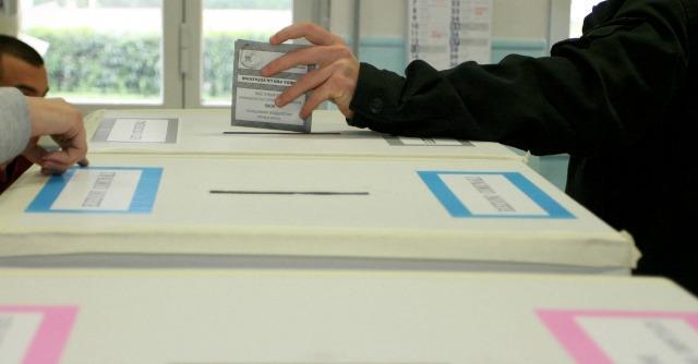 """Porcellum, la Consulta: """"Distorce il voto"""". Ma la Corte apre a liste bloccate """"corte"""""""