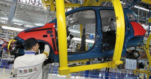 """Fiat, Camusso: """"Dica cosa vuole fare in Italia"""". A Termini Imerese 174 licenziati"""