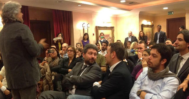 """Grillo: """"Boldrini miracolata, se ne vada. I partiti? Accarezzateli, sono morti"""""""
