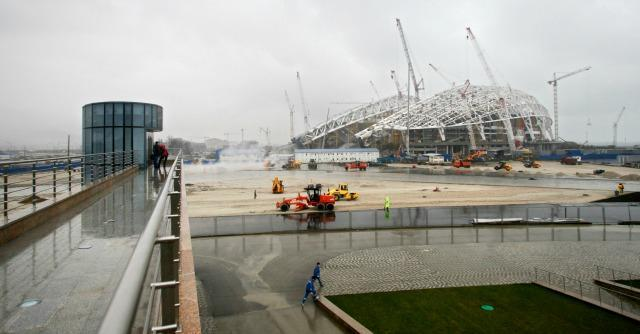 """Olimpiadi Sochi, un membro del Cio: """"Su 55 miliardi, 18 sono stati spesi in tangenti"""""""