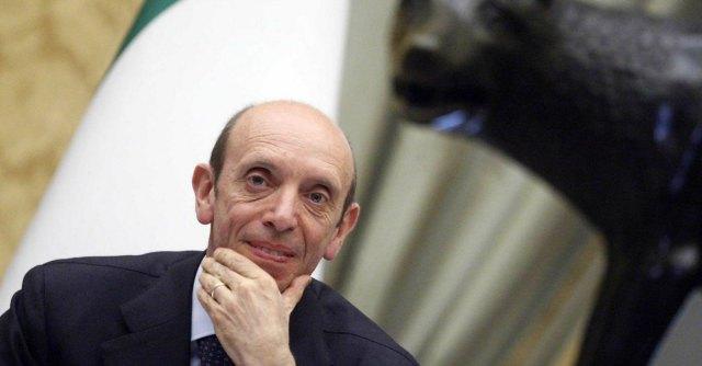 """Caso Mastrapasqua, Adusbef: """"Collezionista di 25 poltrone"""""""