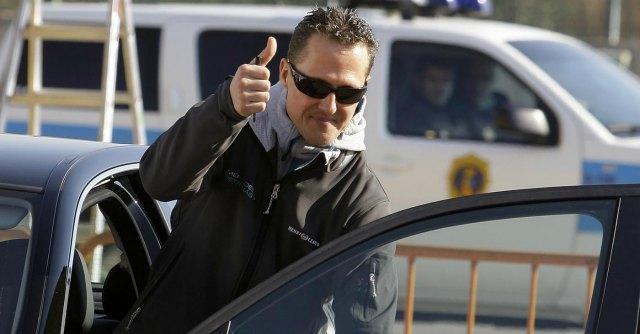 Schumacher, inquirenti ascoltano il figlio. Sul casco dell'ex pilota c'era telecamera