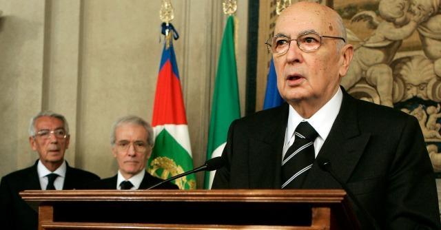 """M5S: """"E' pronto l'atto di messa in stato d'accusa del Presidente Napolitano"""""""