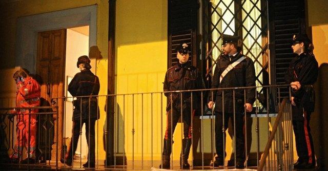 Firenze, presidente banca Bcc Prato uccide moglie e figlio. Poi si spara