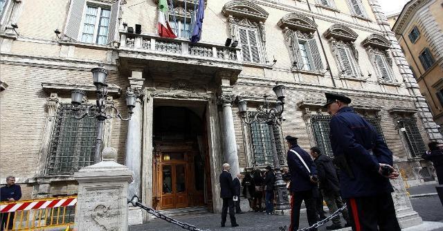 """Salva Roma bocciato in commissione: """"Incostituzionale"""". Poi sì dal Senato"""