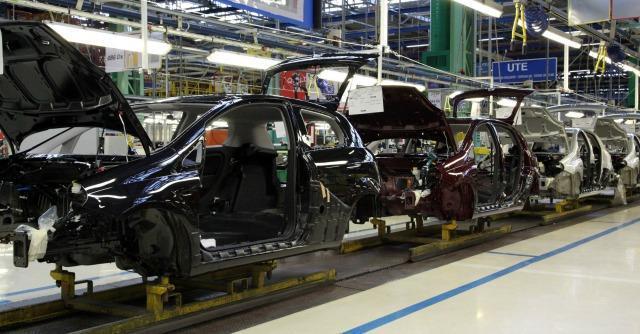Industria, a novembre produzione in crescita. Dato annuo comunque negativo
