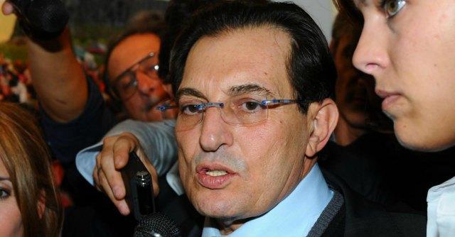 Sicilia, tra i precari stipendiati dalla Regione anche miliardari e mafiosi