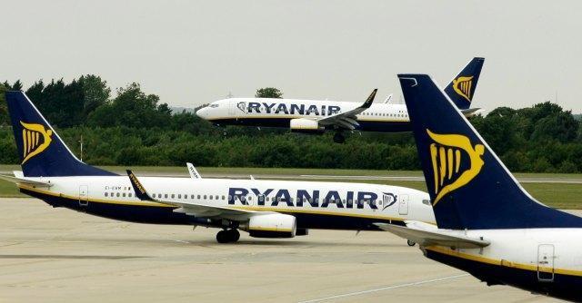 Fiumicino, le compagnie low cost divorano le spoglie di Alitalia