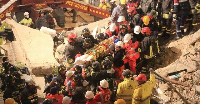 Matera, crolla una palazzina: sette persone in salvo. Dispersa una ragazza