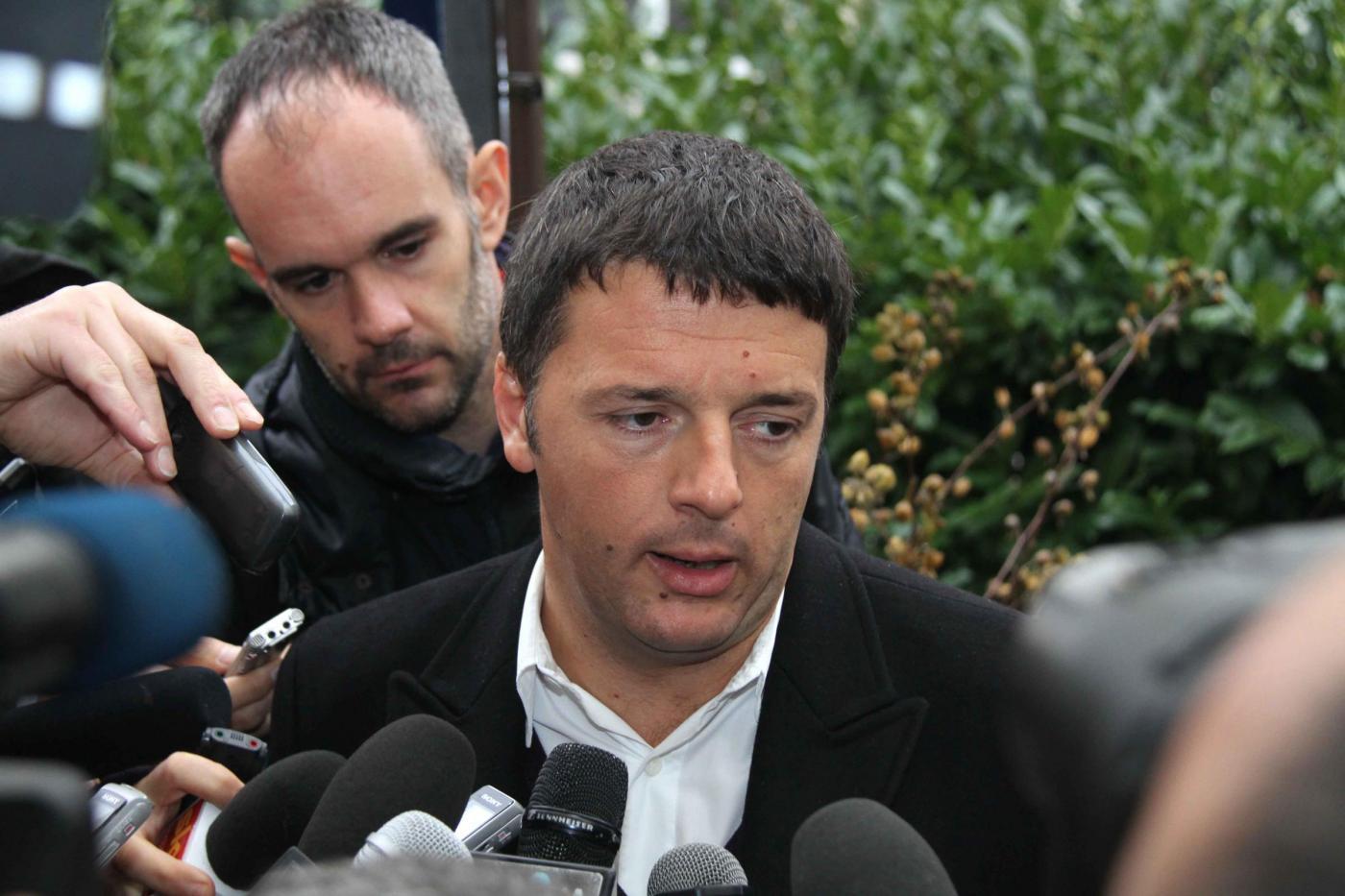 Legge elettorale, Renzi incontra Berlusconi. Fa bene o male? Il sondaggio