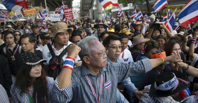 Thailandia, due esplosioni contro la protesta antigovernativa: 28 feriti