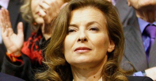 "Hollande-Gayet, Valérie esce da ospedale. ""A Versailles per stare tranquilla"""