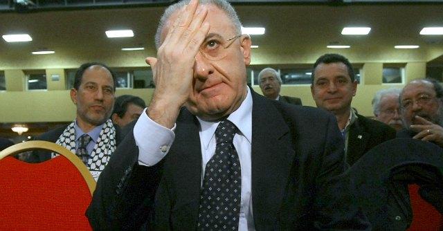 """Doppi incarichi, De Luca si difende: """"Io contro le lobby. Il problema? Il Pd"""""""