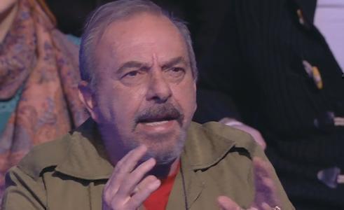 """Servizio Pubblico, Vauro vs Briatore: """"Basta coi milionari, come lei, B. e Grillo"""""""