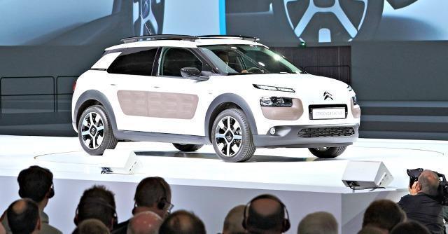 C4 Cactus, l'auto intelligente che non bada ai cavalli: ecco il nuovo volto della Citroën