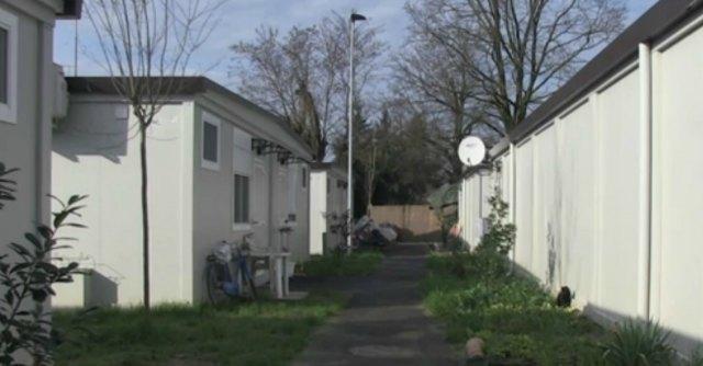 Terremoto Emilia due anni dopo: sopravvivere in una baracca da 2500 euro