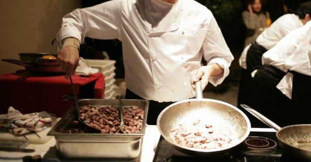 Universit organizza corso da aiuto cuoco per giovani - Sesso in cucina ...