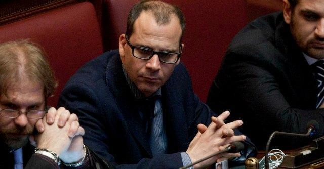 M5s, assemblea blocca espulsione del deputato Currò. Per lui solo una sanzione
