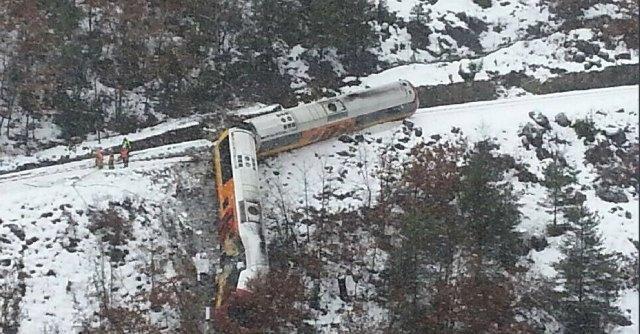 Francia, deraglia treno turistico in Alta Provenza: 2 morti e 9 feriti