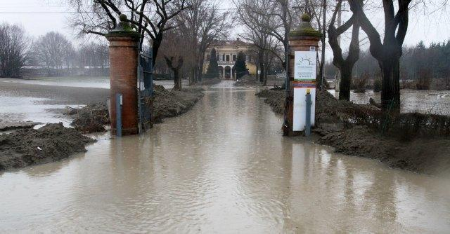 """Alluvione, Aipo risponde sulla rottura argine: """"Eventi naturali sono imprevedibili'"""