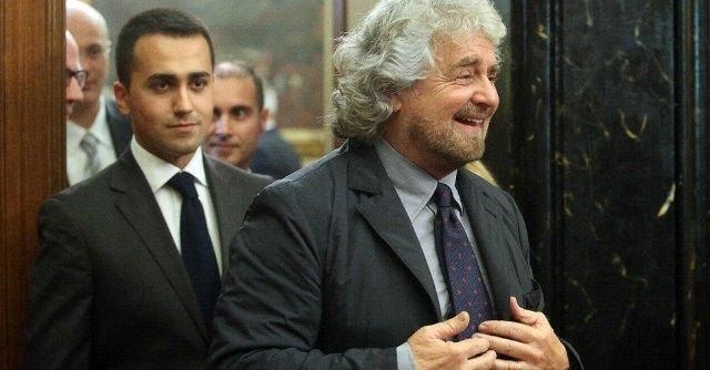 """M5s, blog Grillo: """"Senatori Bocchino e Campanella sfiduciati dalla base"""""""