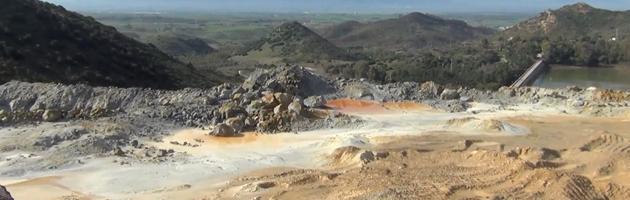 Bomba ecologica in Sardegna: lago di cianuro nell'ex miniera d'oro di Cappellacci