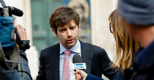 """Governo Renzi, Civati: """"Ora può nascere una nuova maggioranza"""""""