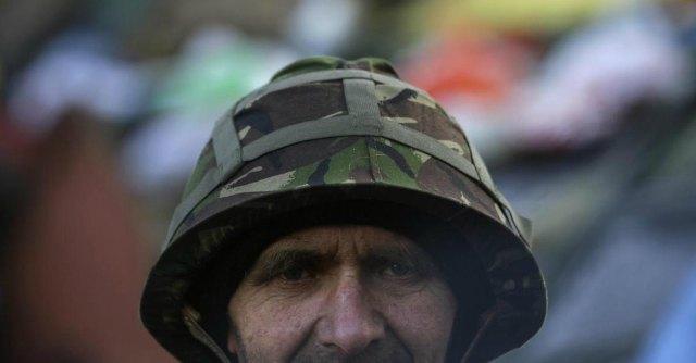 """Ucraina, russi """"invadono"""" la Crimea. Turcinov a Putin: """"Aggressione"""". Obama: """"Conseguenze"""""""