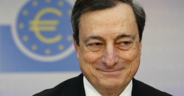 """Draghi: """"No rischi deflazione"""". E spiana la strada all'immissione di liquidità nell'economia"""