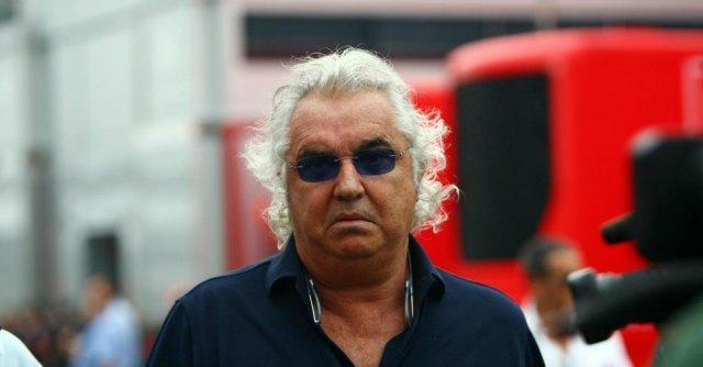Flavio Briatore a processo per reati fiscali legati allo yacht Force Blue