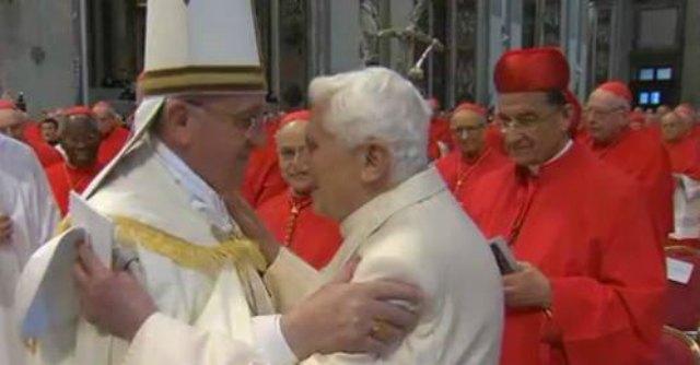 """Papa Francesco ai nuovi cardinali: """"Non prevalgano rivalità, invidie e fazioni"""""""
