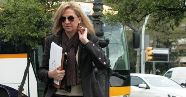 """Spagna, la principessa Cristina risponde al giudice: """"Mi fidavo di mio marito"""""""