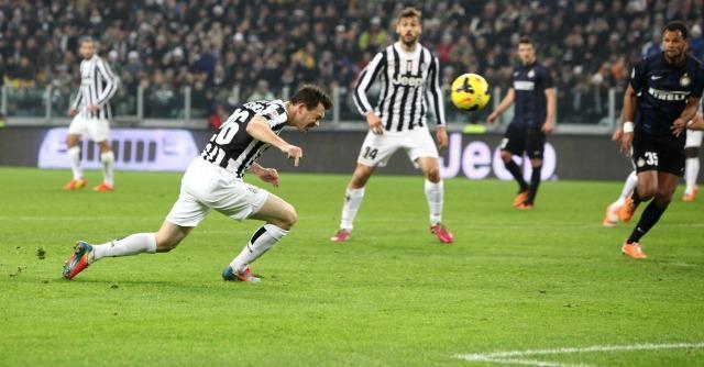 Serie A, risultati e classifica – Juve travolge l'Inter. Napoli battuto dall'Atalanta