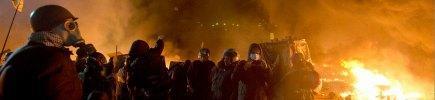 """Kiev, di nuovo guerriglia nelle piazze Ministero Salute: """"25 morti e 241 feriti"""""""