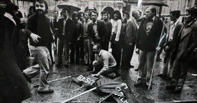 """Strage Piazza della Loggia, Cassazione: """"Ipergarantismo distorsivo per neofascisti"""""""