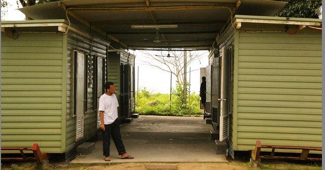 Immigrati, a Manus polizia spara contro richiedenti asilo: un morto e 77 feriti