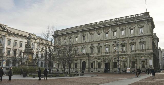 Derivati Milano, chiesta conferma multa. Ma metà dei banchieri verso prescrizione