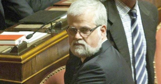 """M5S, Orellana ritira le dimissioni da senatore: """"Unico fine bene italiani"""""""