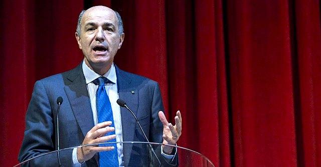 """Roma, Corrado Passera presenta il """"movimento di competenze"""" 'Italia unica'"""