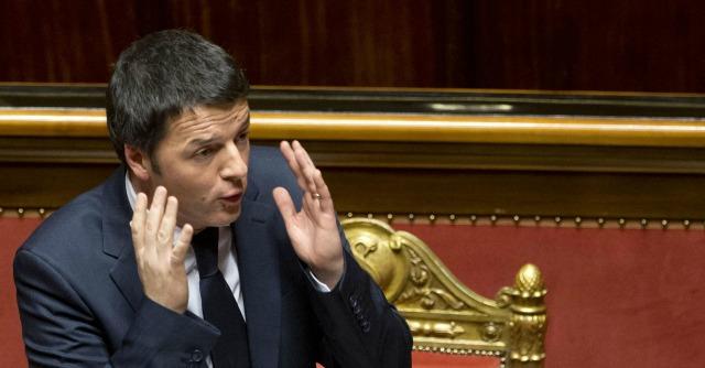 """Governo Renzi, il discorso per la fiducia: """"Non avete fatto le riforme"""""""