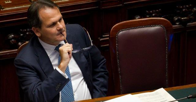 Forza Italia, all'assemblea regionale siciliana il partito di B. è uno e trino