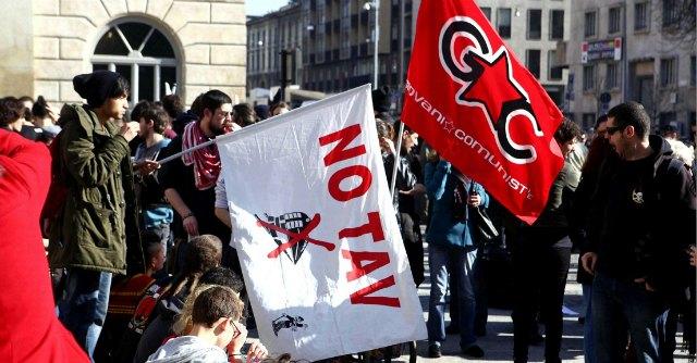 No Tav, appello degli intellettuali per gli anarchici accusati di terrorismo