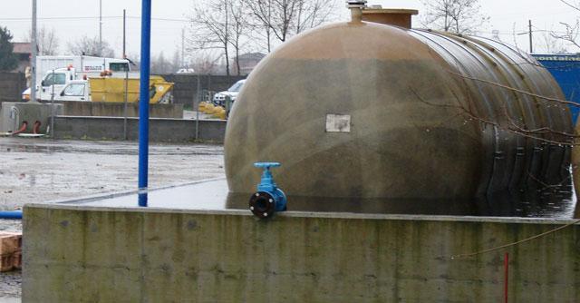"""Brescia, rischio percolato nei campi: """"Discarica piena e rifiuti non smaltiti"""""""