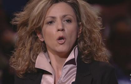 """Servizio Pubblico, Lezzi (M5S): """"Cottarelli? Sia più preciso sui tagli"""""""