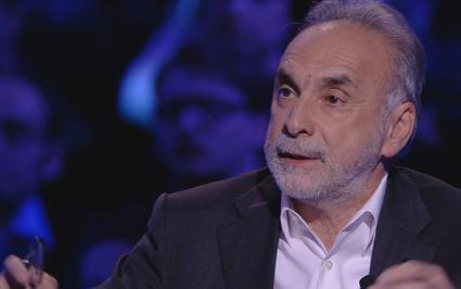 """Servizio Pubblico, Remuzzi: """"Non c'è un progetto sanitario neppure in Lombardia"""""""
