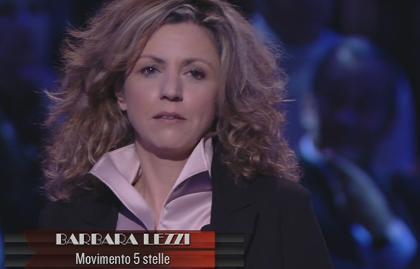 """Servizio Pubblico, Lezzi (M5S): """"Renzi? Sua conferenza come contratto di B. con gli italiani"""""""