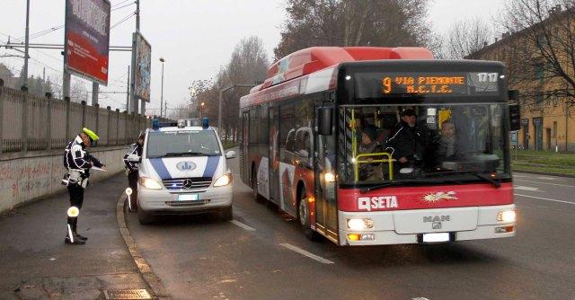 Studente muore schiacciato da bus. I vigili indagano per tre mesi sul mezzo sbagliato