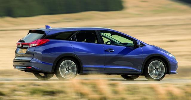 Honda Civic Tourer, spazio alla giapponese – La prova su strada del Fatto.it