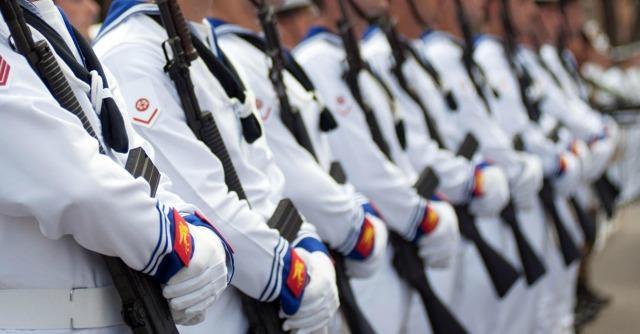 Taranto, le tangenti all'ufficiale arrestato e il rischio scandalo nella Marina militare