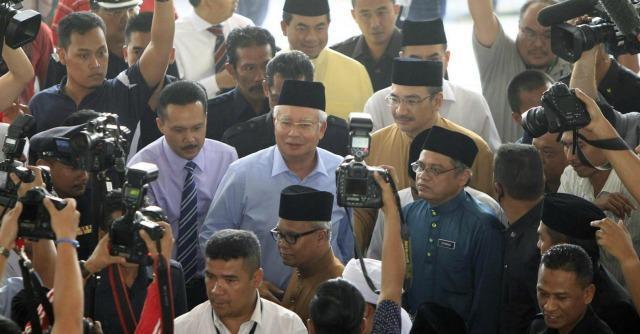 """Malaysia Airlines, il premier: """"Azione deliberata"""". L'ipotesi è il dirottamento"""